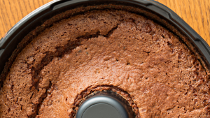 """Read more about the article Bolo de chocolate<span class=""""wtr-time-wrap after-title"""">Tempo estimado de leitura: <span class=""""wtr-time-number"""">1</span> minuto</span>"""